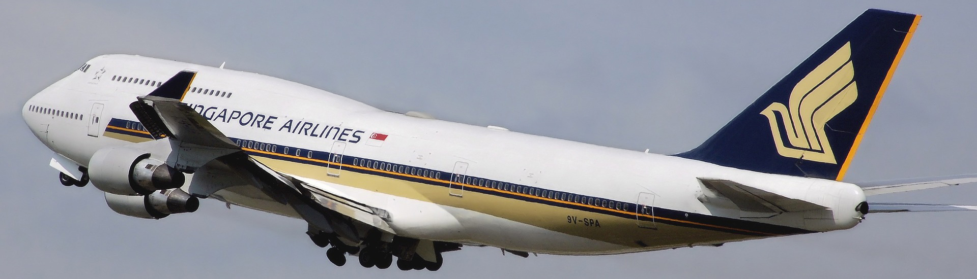 MR Singapore Airlines