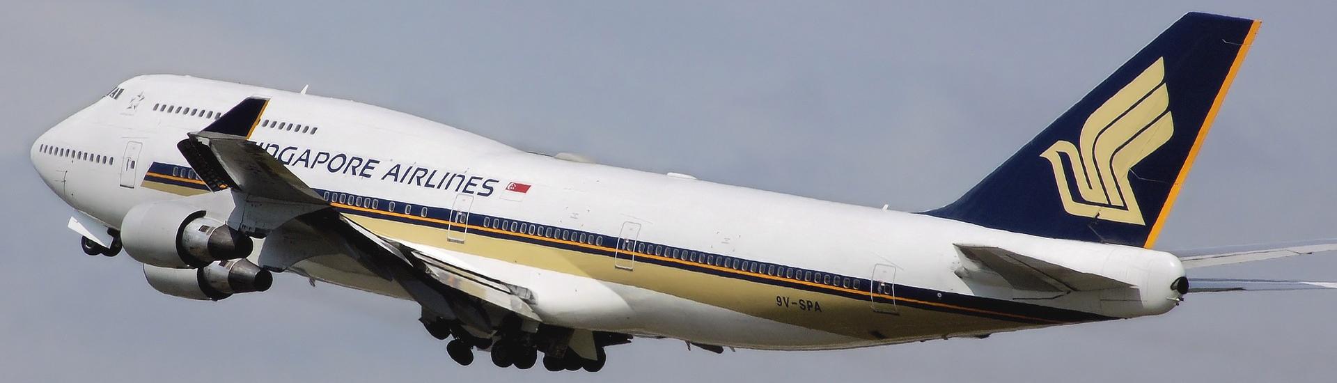 MR Singapore Airlines