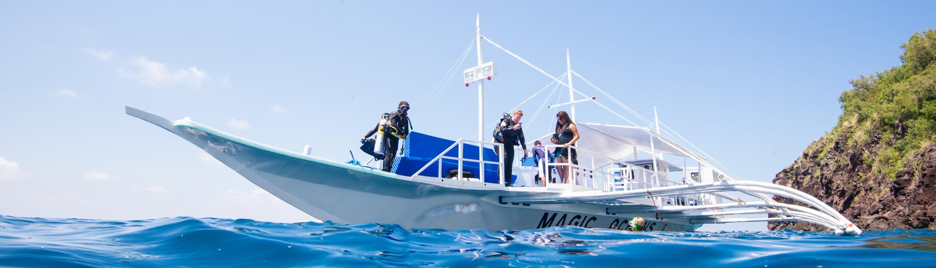 Dive boat in Anda, Bohol