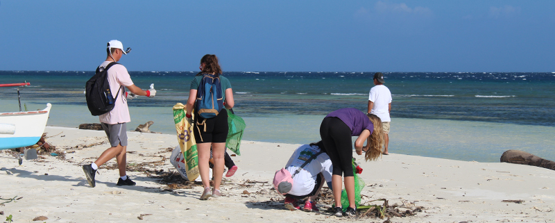 MO Beach clean-up
